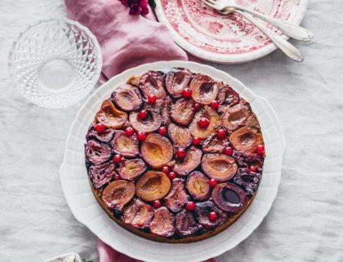 Obrátený ovocný koláč